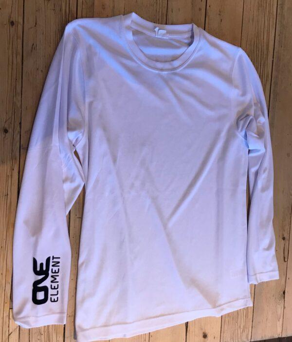 long-sleeved training t-shirt